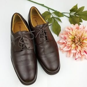 Johnston & Murphy brown leather lace shoes size 11
